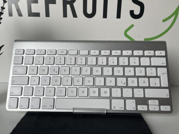 Apple Wireless KeyBoard (Batteriebetrieben) / Gut / Garantie